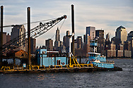 New York. Manhattan Midtown skyline , Hudson river, view from Hoboken and New Jersey  New York - United states  /  le skyline de Manhattan Dowton, l Hudson river, vue depuis Hoboken New Jersey  New York - Etats-unis