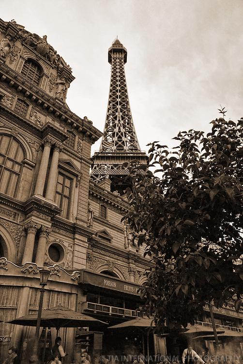 Eiffel Tower & Restaurant, Paris Hotel