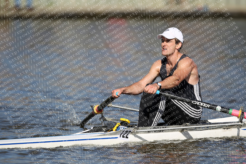 29.09.2012. Wallingford Long Distance Sculls 2012, The River Thames. Division 1. IM2 1x. London Rowing Club.