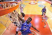 DESCRIZIONE : Beko Legabasket Serie A 2015- 2016 Grissin Bon Reggio Emilia - Enel Brindisi<br /> GIOCATORE : Durand Scott<br /> CATEGORIA : tiro penetrazione special<br /> SQUADRA : Enel Brindisi<br /> EVENTO : Beko Legabasket Serie A 2015-2016<br /> GARA : Grissin Bon Reggio Emilia - Enel Brindisi<br /> DATA : 03/04/2016<br /> SPORT : Pallacanestro <br /> AUTORE : Agenzia Ciamillo-Castoria/R.Morgano