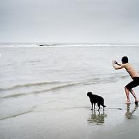 Nederland, Terschelling , 1 januari 2013.<br /> Nieuwjaarsduik bij strand Midsland aan Zee op terschelling.<br /> Foto:Jean-Pierre Jans
