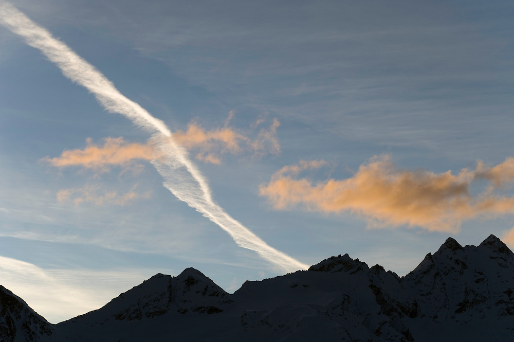 09.11.2008.Clouds in the sky..Gran Paradiso National Park, Italy