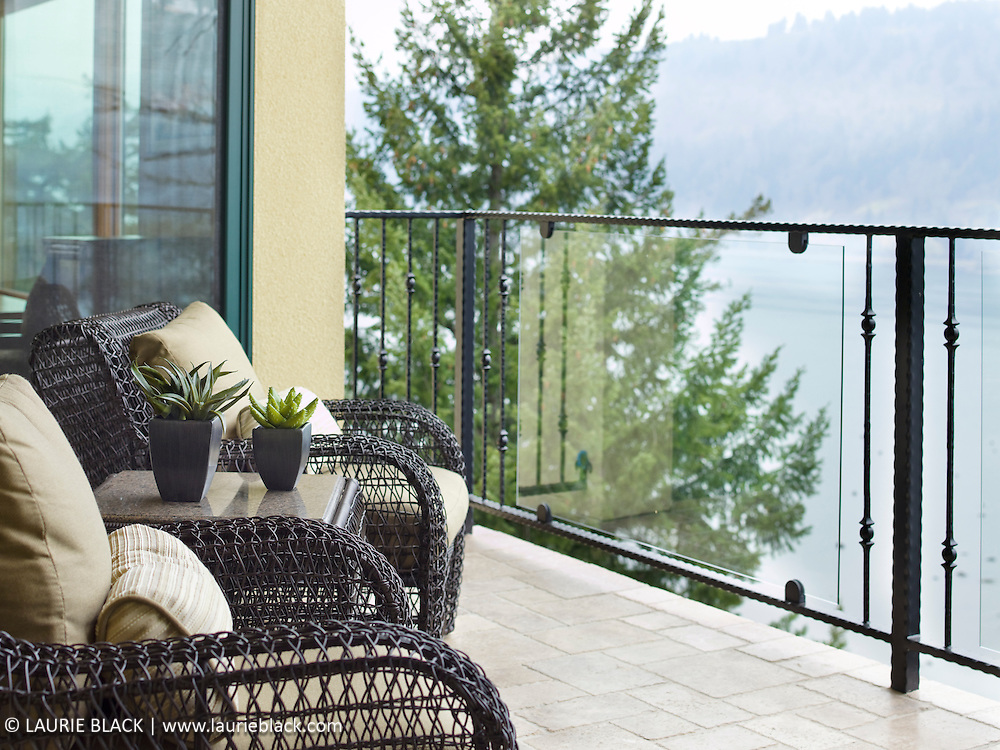 Patio chairs with view of Columbia Gorge