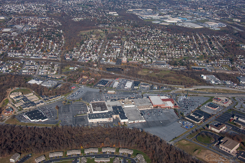 Aerial photography of the Harrisburg Mall in PA by Jeffrey Sauers of Commercial Photographics