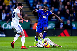 Ricardo Pereira of Leicester City takes on Harry Arter of Cardiff City - Mandatory by-line: Robbie Stephenson/JMP - 29/12/2018 - FOOTBALL - King Power Stadium - Leicester, England - Leicester City v Cardiff City - Premier League