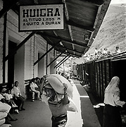Workers unloading train from Riobamba to Guayaquil in Huigra