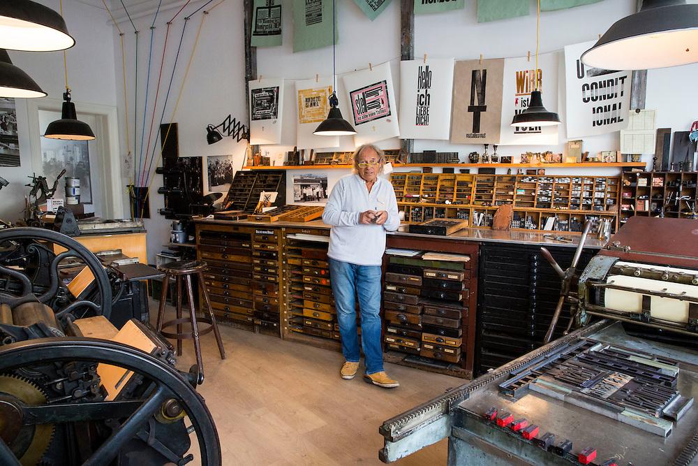 Typesetter and Printing Press: Achim Wittrin