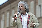 &copy; Filippo Alfero<br /> Comizio elettorale Beppe Grillo Movimento 5 Stelle<br /> Torino, 17/05/2014<br /> politica<br /> Nella foto: Beppe Grillo