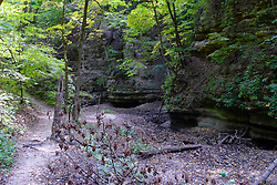 25 September 2012:   Illinois scenery near Oglesby and Ottawa..Matthiessen State Park. Hiking trail in the Upper Dells area .