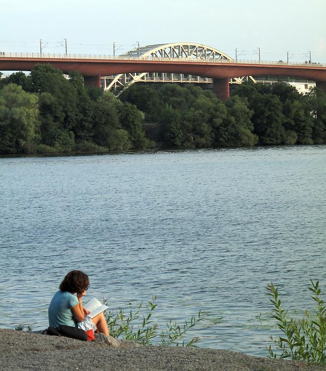 Lässtund vid järnvägsbroarna över Årstaviken