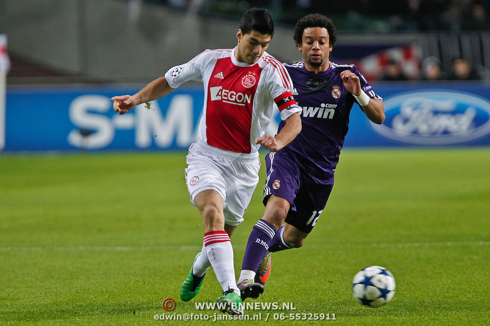 NLD/Amsterdam/20101123 - Ajax - Real Madrid, Marcello (12) / Luis Suarez