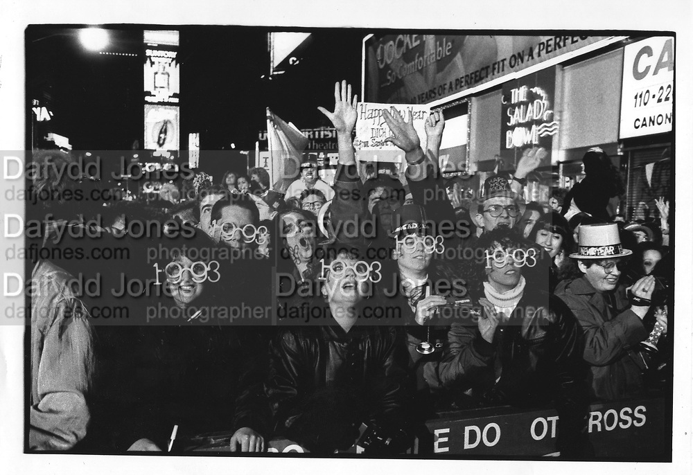 New years celerbrations, Street scenes of New York in 1993,ONE TIME USE ONLY - DO NOT ARCHIVE  © Copyright Photograph by Dafydd Jones 66 Stockwell Park Rd. London SW9 0DA Tel 020 7733 0108 www.dafjones.com