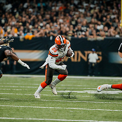 Sep 16, 2018; New Orleans, LA, USA; Cleveland Browns running back Duke Johnson Jr. (29) runs against the New Orleans Saints during the first quarter of a game at the Mercedes-Benz Superdome. Mandatory Credit: Derick E. Hingle-USA TODAY Sports