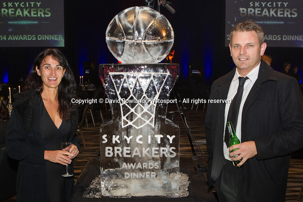 Guests at the Skycity Breakers Awards, 2013-14, Skycity Convention Centre, Auckland, New Zealand, Friday, March 28, 2014. Photo: David Rowland/Photosport