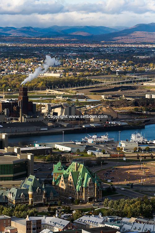 Canada. Quebec. THE PORT. general and aerial view of the city. the old city and the Saint Laurent river   / vue generale et aerienne de la ville. la vielle ville et le fleuve Saint Laurent. cote PORT