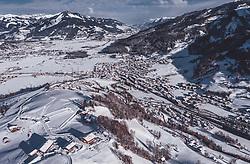 THEMENBILD - Kaprun mit Skipisten in der Winterlandschaft, aufgenommen am 23. Januar 2019 in Kaprun, Oesterreich // Kaprun with ski slopes in the winter landscape in Kaprun, Austria on 2019/01/23. EXPA Pictures © 2019, PhotoCredit: EXPA/ JFK