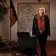 19.12.2014, Magdeburg, Landtag Sachsen-Anhalt, Kartin Budde, Vorsitzende der SPD-Fraktion in S-A. Katrin Budde auf dem Flur des Landtags. 2016, zur Landtagswahl in <br />S-A will Budde als Spitzenkandidatein f&uuml;r die SPD antreten und Ministerpr&auml;sident Haseloff abl&ouml;sen.<br /><br />&copy; 2014 Harald Krieg / Agentur Focus