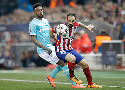 15-03-2016 ESP, UEFA CL, Atletico Madrid - PSV Eindhoven, Madrid<br /> Atletico de Madrid's Juanfran Torres (r) and PSV Eindhoven's Jurgen Locadia // during the UEFA Champions League Round of 16, 2nd Leg match between Atletico Madrid and PSV Eindhoven at the Estadio Vicente Calderon in Madrid, Spain on 2016/03/15. <br /> <br /> ***NETHERLANDS ONLY***
