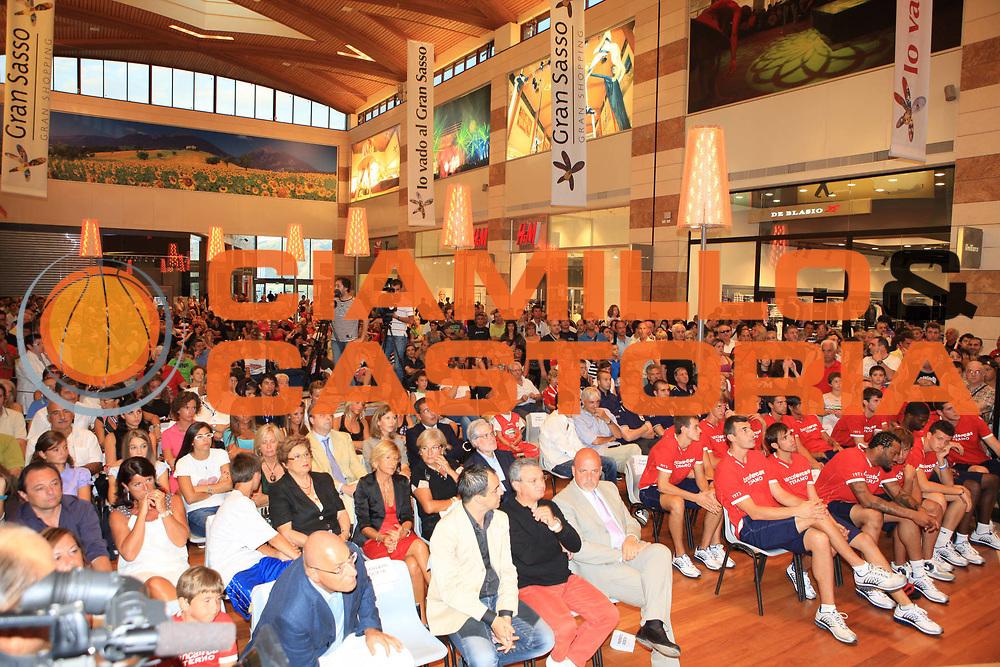 DESCRIZIONE : Teramo Lega A 2009-10 Bancatercas Teramo Raduno<br /> GIOCATORE : team<br /> SQUADRA : Bancatercas Teramo<br /> EVENTO : Campionato Lega A 2009-2010 <br /> GARA : <br /> DATA : 29/08/2009<br /> CATEGORIA : Raduno <br /> SPORT : Pallacanestro <br /> AUTORE : Agenzia Ciamillo-Castoria/M.Carrelli<br /> Galleria : Lega Basket A 2009-2010 <br /> Fotonotizia : Teramo Lega A 2009-10 Bancatercas Teramo Raduno<br /> Predefinita :
