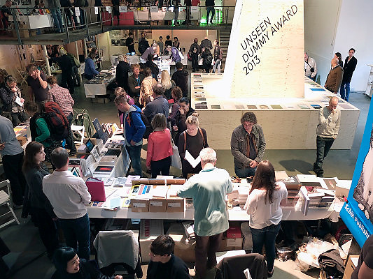 Nederland, Amsterdam, 26-09-2013.Unseen Photo Fair in de Westergasfabriek, boekenmarkt van  het fotofestival.Foto: Flip Franssen/Hollandse Hoogte