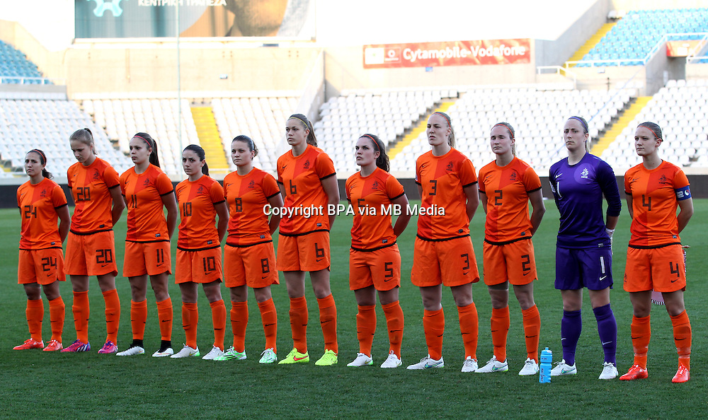 Fifa Womans World Cup Canada 2015 - Preview //<br /> Cyprus Cup 2015 Tournament ( Gsp Stadium Nicosia - Cyprus ) - <br /> Netherlands vs England 1-1   //  Team Group of Netherlands , from the left  :<br /> Vanity Lewerissa ,Anna Miedema ,Lieke Martens ,Danielle van de Donk ,Sherida Spitse ,Manieke Dekker ,Siri Worm ,Stefanie van der Gragt ,Desiree van Lunteren ,Loes Geurts ,Mandy van den Berg