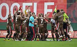 09.05.2010, Millerntor-Stadion, Hamburg, GER, 2. FBL, FC St. Pauli vs SC Paderborn 07, im Bild Jubel beim FC St. Pauli   EXPA Pictures © 2010, PhotoCredit: EXPA/ nph/  Frisch / SPORTIDA PHOTO AGENCY