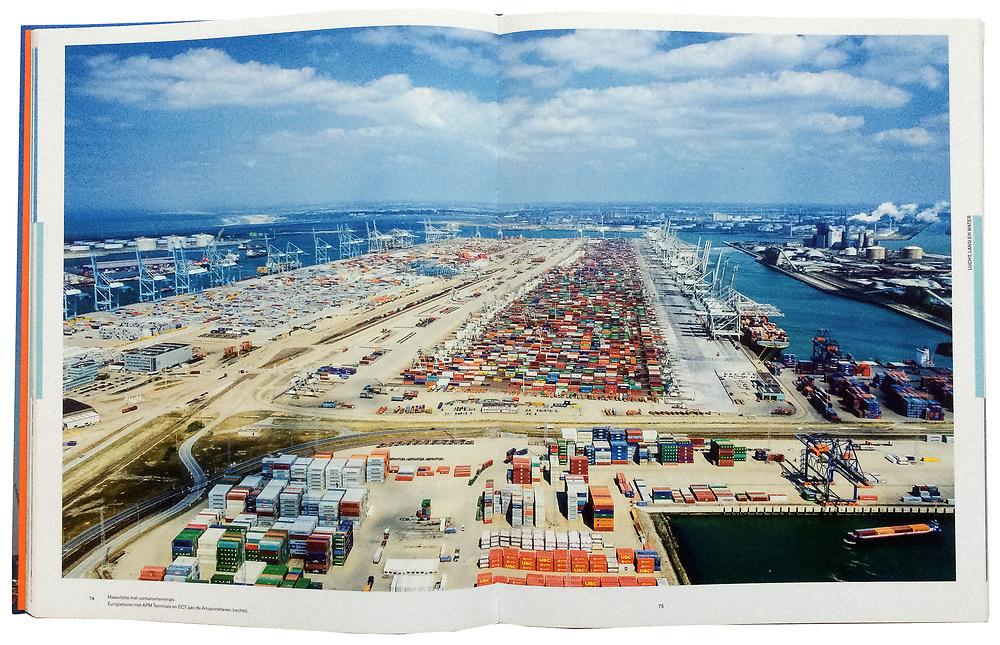 De Haven van Rotterdam, p 74 - 75, Maasvlakte met containerterminals