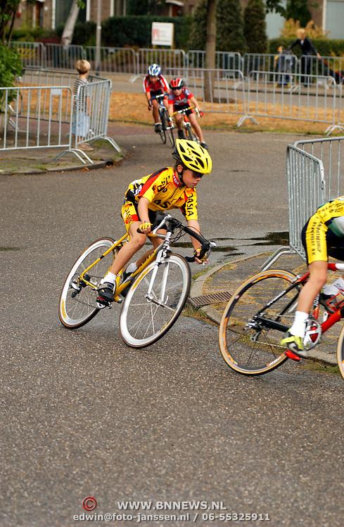 Rabo Wielerronde 2003 Pr. Magrietplantsoen Bussum, jeugdwedstrijden