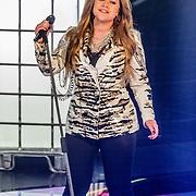 NLD/Hilversum/20170120 - 2de liveshow The Voice of Holland 2017, Pleun Bierbooms