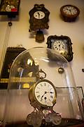 """DAs Uhrengeschäft """"Old Clocks"""" in der Maislova Strasse."""