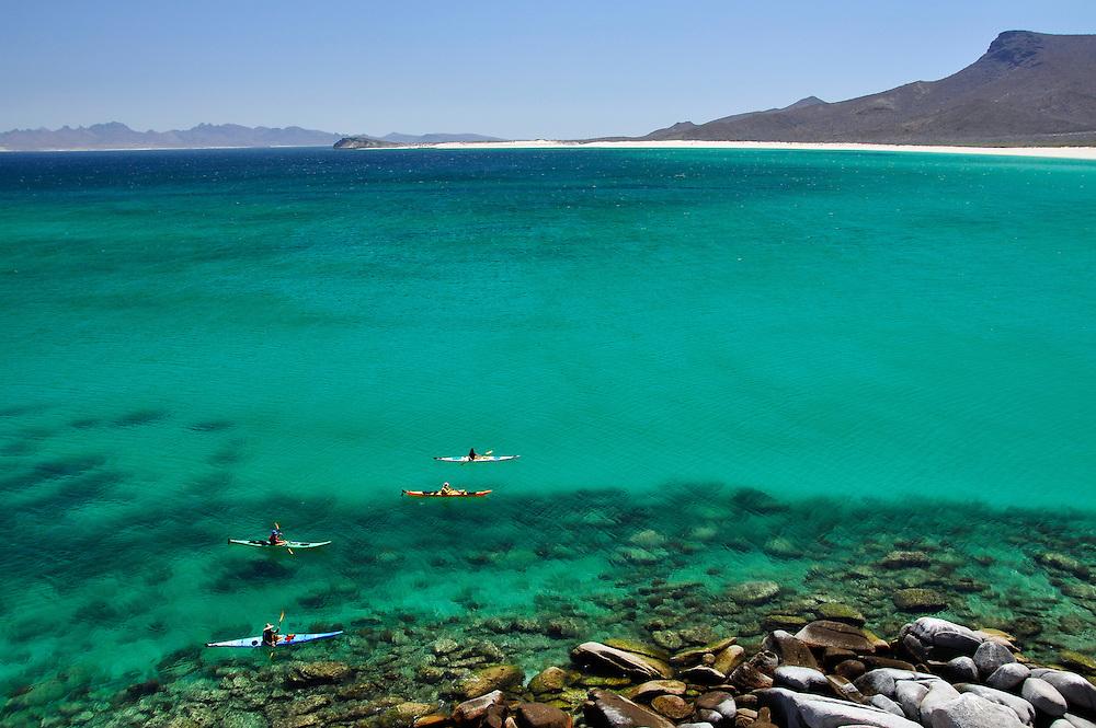 Sea kayaking along Isla Espiritu Santo, Sea of Cortez, Baja California, Mexico.00