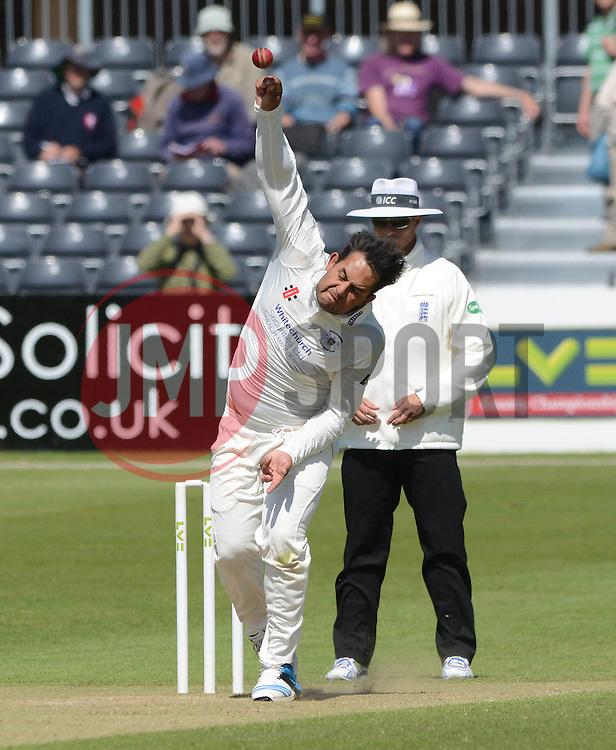 Kieran Noema-Barnett of Gloucestershire - Photo mandatory by-line: Dougie Allward/JMP - Mobile: 07966 386802 - 21/05/2015 - SPORT - Cricket - Bristol - County Ground - Gloucestershire v Kent - LV=County Cricket