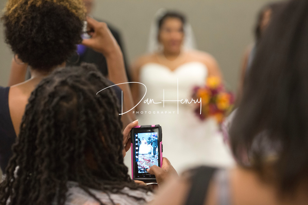 The wedding of Gianni Harris-Payne and Whitfield Payne at the Chattanoogan Hotel. © Dan Henry / BiciPhoto.com