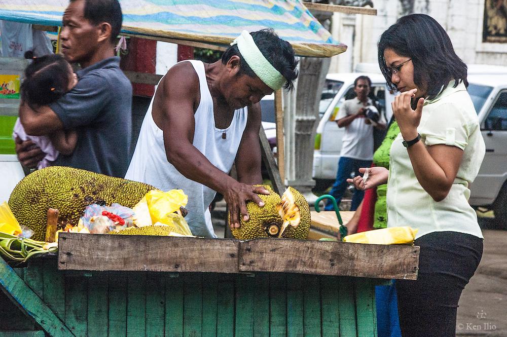 Itinerant fruit vendor, Cebu City