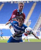 Photo: Daniel Hambury.<br /> Reading v Burnley. Coca Cola Championship.<br /> 29/08/2005.<br /> Reading's Bobby Convey and Burnley's Gareth O'Conner battle for the ball.