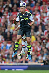 Stoke City's Jonathan Walters heads the ball - Photo mandatory by-line: Mitchell Gunn/JMP - Tel: Mobile: 07966 386802 22/09/2013 - SPORT - FOOTBALL - Emirates Stadium - London - Arsenal V Stoke City - Barclays Premier League