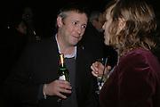 Jake Miller, Martin Kippenberger, Tate Modern. 7 Febriuary 2006. -DO NOT ARCHIVE-© Copyright Photograph by Dafydd Jones 66 Stockwell Park Rd. London SW9 0DA Tel 020 7733 0108 www.dafjones.com