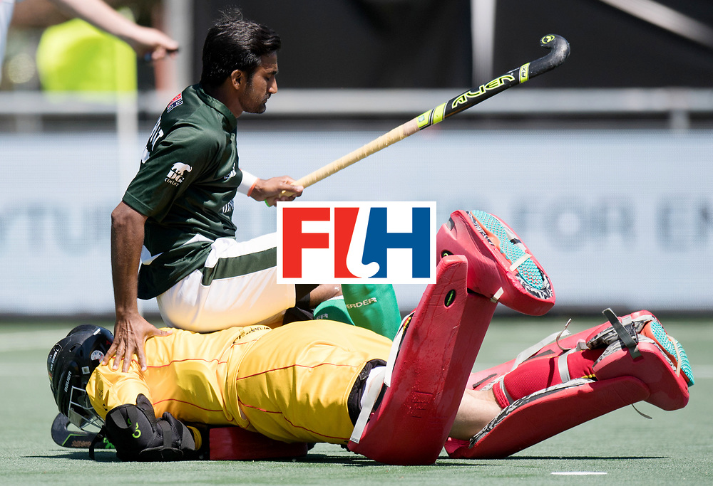 BREDA - Rabobank Hockey Champions Trophy<br /> 5th/6th place Belgium - Pakistan<br /> Belgium wins after shoot out.<br /> Photo: Loic van Doren saved the last shoot out.<br /> COPYRIGHT WORLDSPORTPICS FRANK UIJLENBROEK