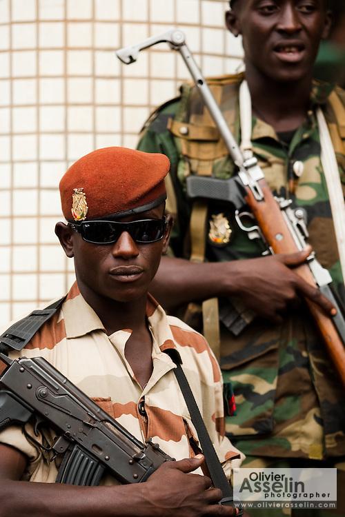 Junta leader Moussa Dadis Camara visits medical school in Conkary, Guinea on March 5, 2009.