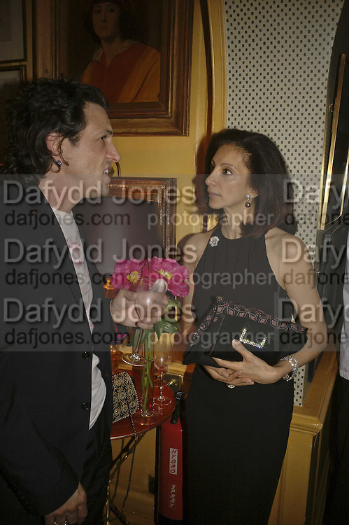 MRS. AIDEN BARCLAY, Plum Sykes, book launch party, Annabel's, Berkeley Square, London, W1,10 May 2006.  Matthew Williamson, Catherine Vautrin, Laudomia Pucci host party to celebrate 'The Debutante Divorcee'. ONE TIME USE ONLY - DO NOT ARCHIVE  © Copyright Photograph by Dafydd Jones 66 Stockwell Park Rd. London SW9 0DA Tel 020 7733 0108 www.dafjones.com