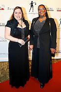 AMSTERDAM - In Hotel The Grand hield Grazia hun jaarlijkse 'Grazia Red Carpet Awards'. Met hier op de foto Ingrid Simons (R) met een vriendin. FOTO LEVIN DEN BOER - PERSFOTO.NU