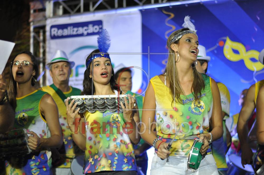 Rio de Janeiro (RJ), 20/02/2014 - Ensaio do Batuke Nuclear, no Centro do Rio de Janeiro. Bloco dos empregados da Eletronuclear, estatal que opera as usinas nucleares de Angra dos Reis. Foto: Welington Borges/Frame