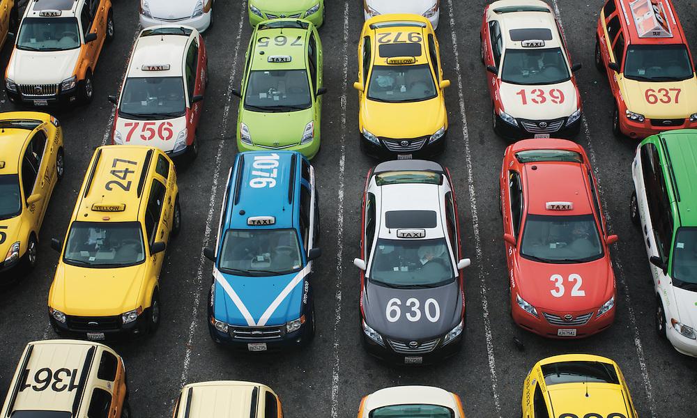 The Taxi Waiting Area at San Francisco International Airport | November 28, 2011