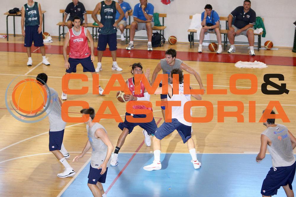 DESCRIZIONE : Cagliari Raduno Collegiale Nazionale Maschile Allenamento <br /> GIOCATORE : Christian Di Giuliomaria<br /> SQUADRA : Nazionale Italia Uomini <br /> EVENTO : Raduno Collegiale Nazionale Maschile <br /> GARA : <br /> DATA : 18/08/2008 <br /> CATEGORIA : Allenamento <br /> SPORT : Pallacanestro <br /> AUTORE : Agenzia Ciamillo-Castoria/C. De Massis<br /> Galleria : Fip Nazionali 2008 <br /> Fotonotizia : Cagliari Raduno Collegiale Nazionale Maschile Allenamento <br /> Predefinita :