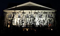 THEMENBILD - Missbrauchsvorwuerfe gegen ehemalgie Erzieher des aufgelassenen Kinderheims Wilhelminenberg. Die Anschuldigungen reichen von Demuetigungen, Missbrauch und Gewalt bis zu Massenvergewaltigungen. Ausserdem vermutet man jetzt auch Todesfaelle. Die Vorfaelle ereigneten sich in den 1970er Jahren. Das Foto wurde am Abend des 18. Oktober 2011 aufgenommen, im Bild Schloss Wilhelminenberg bei Nacht vor hohem Gras // suspicion of malpractice again child care worker in former children's home wilhelminenberg. The alligations range from indignities, abuse, violence to mass rape. Beside, there are guesswork about deaths now. The incidents happened in the 70s. The Photo was taken on the evening of October the 18th 2011, Wien, AUT, EXPA Pictures © 2011, PhotoCredit: EXPA/ M. Gruber