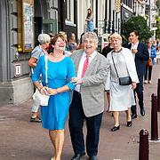 NLD/Amsterdam/20170823 - Premiere Grootste Zwanenmeer ter wereld, Tonny Eyk en partner Liesbeth Vasbinder