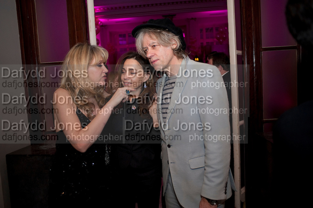 SONIA FRIEDMAN; JEANE-MARINE; SIR BOB GELDOF, Savoy Theatre's Legally Blonde- The Musical,  Gala night. After-party at the Waldorf Hilton. London. 13 January 2010. *** Local Caption *** -DO NOT ARCHIVE-© Copyright Photograph by Dafydd Jones. 248 Clapham Rd. London SW9 0PZ. Tel 0207 820 0771. www.dafjones.com.<br /> SONIA FRIEDMAN; JEANE-MARINE; SIR BOB GELDOF, Savoy Theatre's Legally Blonde- The Musical,  Gala night. After-party at the Waldorf Hilton. London. 13 January 2010.
