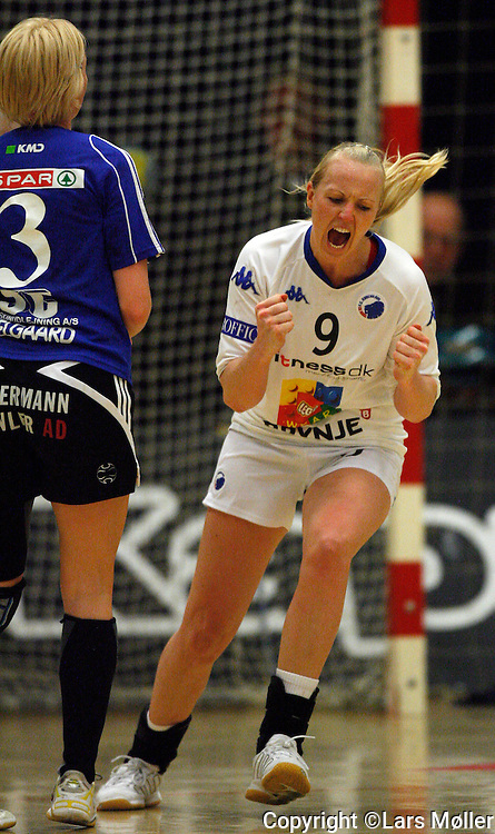 DK:<br /> 20080202, K&oslash;benhavn, Danmark:<br /> H&aring;ndbold,  kvinder, Toms Ligaen:  <br /> FCK-Slagelse DT: Mette Sj&oslash;berg, FCK<br /> Foto: Lars M&oslash;ller<br /> UK: <br /> 20080202, K&oslash;benhavn, Danmark:<br /> H&aring;ndbold,  kvinder, Toms Ligaen:  <br /> FCK-Slagelse DT: Mette Sj&oslash;berg, FCK<br /> Photo: Lars Moeller