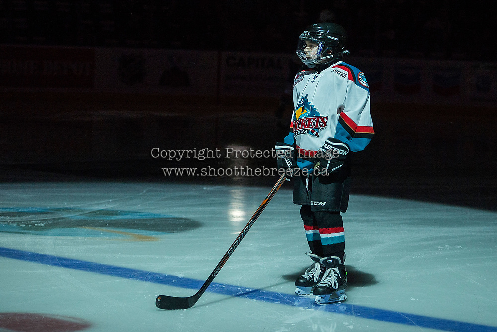 KELOWNA, CANADA - DECEMBER 27: Dominic Ashbee stands on the blue line as the Pepsi Player of the game for the Kelowna Rockets against the Kamloops Blazers on December 27, 2017 at Prospera Place in Kelowna, British Columbia, Canada.  (Photo by Marissa Baecker/Shoot the Breeze)  *** Local Caption ***
