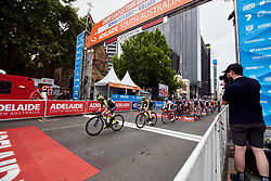The peloton speed through another lap during Stage 4 of 2020 Santos Women's Tour Down Under, a 42.5 km road race in Adelaide, Australia on January 19, 2020. Photo by Sean Robinson/velofocus.com